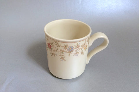 "BHS - Country Garland - Mug - 3 1/8"" x 3 1/2"" - The China Village"