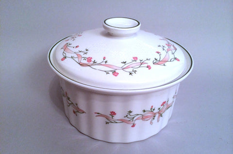 Johnsons - Eternal Beau - Casserole Dish - 4 pt - The China Village