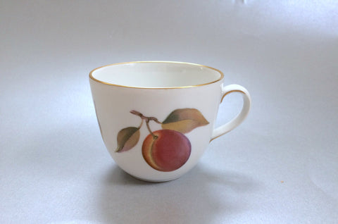 "Royal Worcester - Evesham - Gold Edge - Coffee Cup - 2 3/4 x 2 1/4"" (Red Plum & Blackberries) - The China Village"