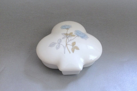"Wedgwood - Ice Rose - Trinket Dish - Club - 4 1/2"" - The China Village"