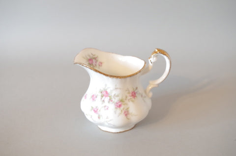 Paragon - Victoriana Rose - Cream Jug - 1/4pt
