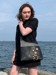 Gardenia Messenger bag