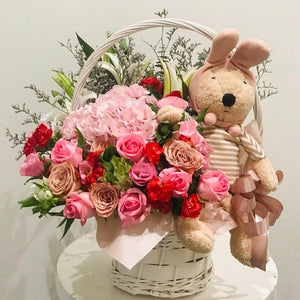 Lily & Roses | Flower Basket