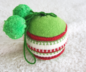 10'' Green Red Knitted Christmas Ball Ornaments