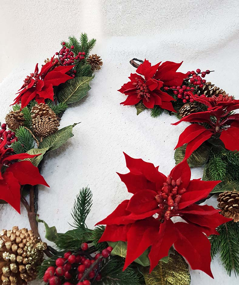 60'' Poinsettia Garland