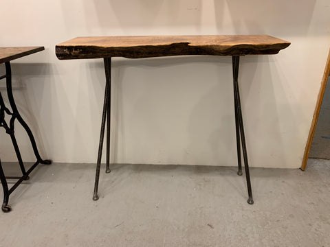 Maple Entry Table