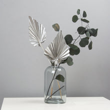 Load image into Gallery viewer, Palm Spears Silver Dried Flower Bunch x 5