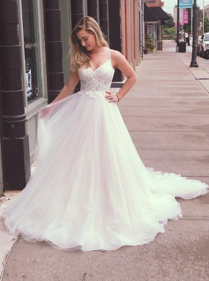A-Line Spaghetti Straps Tulle Appliqued Wedding Dresses PW39