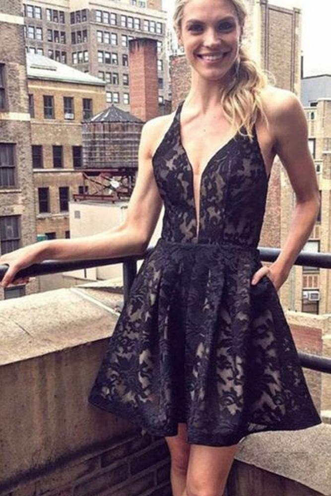Black A-Line V-Neck Lace Short Prom Homecoming Dresses With Pocket GM41