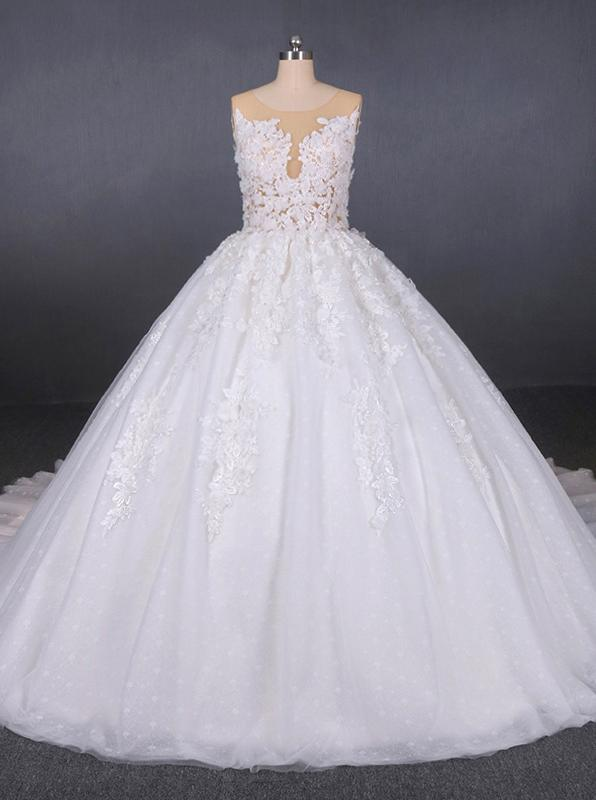 Round Appliques Ball Gown Tulle Wedding Dresses With Button Back PW90