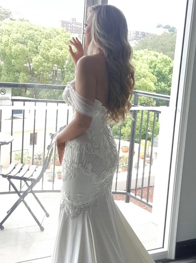Off Shoulder Lace Appliques Mermaid Wedding Dress with Pearls PW27