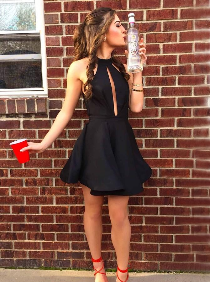 High Neck Black Short Prom Dress Cut-out Homecoming Dress with Pleats GM156