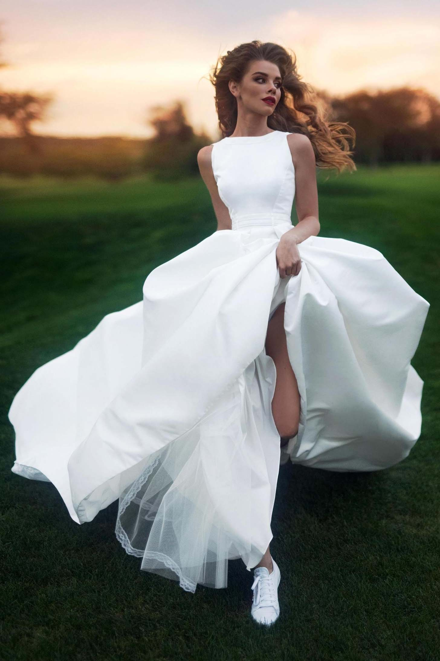 Elegant A-line Bateau Sleeveless Satin Simple Wedding Dress PW305