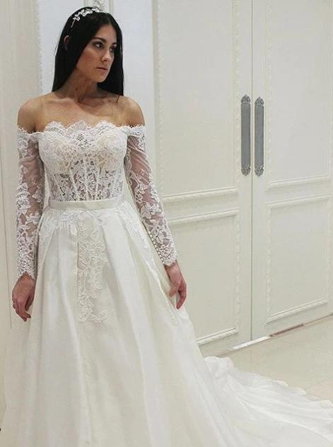 Off the shoulder lace appliques long sleeve wedding dresses mg691