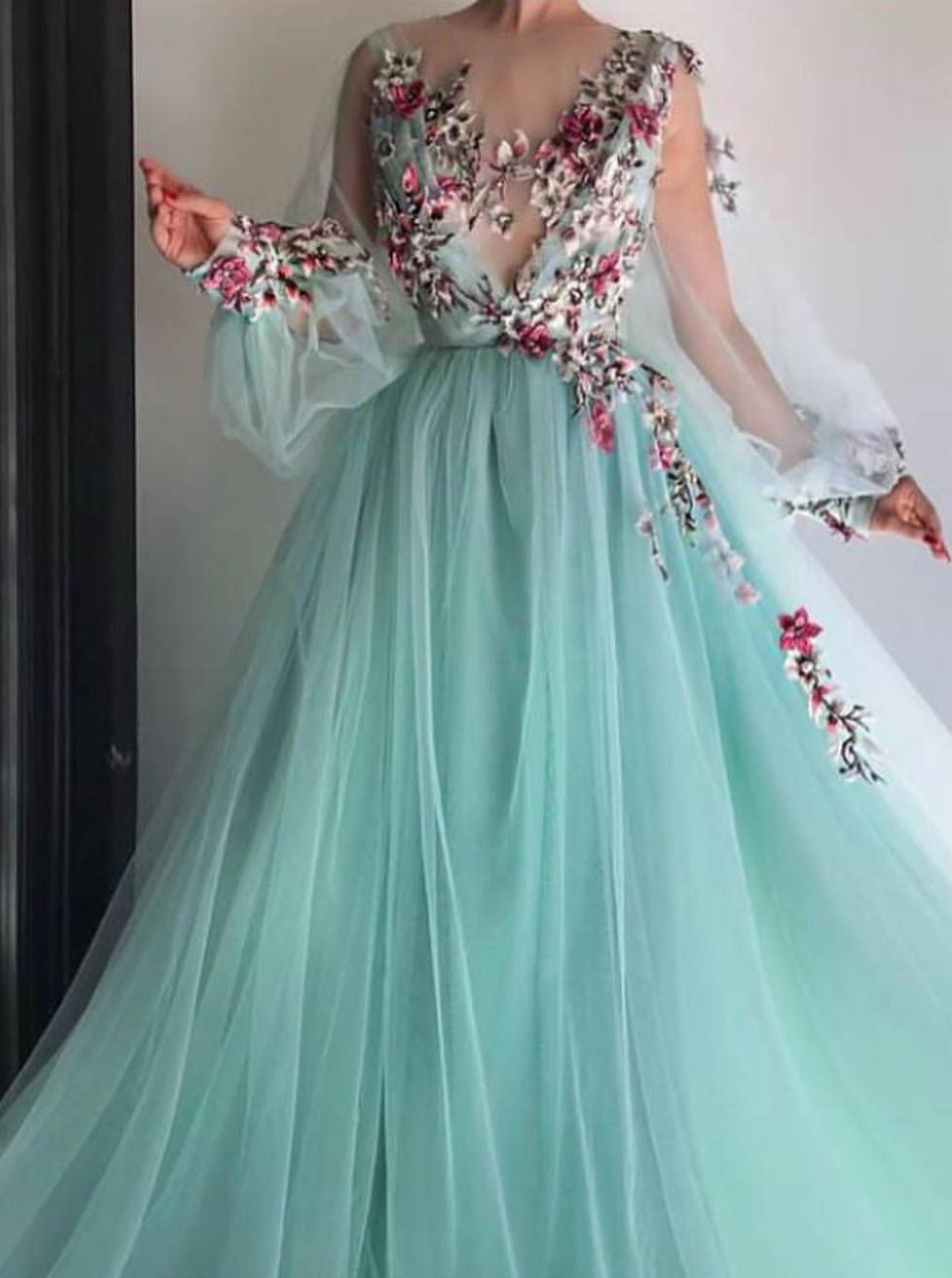 chic princess scoop floral applliques long puff sleeves prom dress mp897