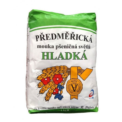 Predmericka Mouka Psenicna Svetla Hladka Wheat Flower Product of Czech Republic 1 kg