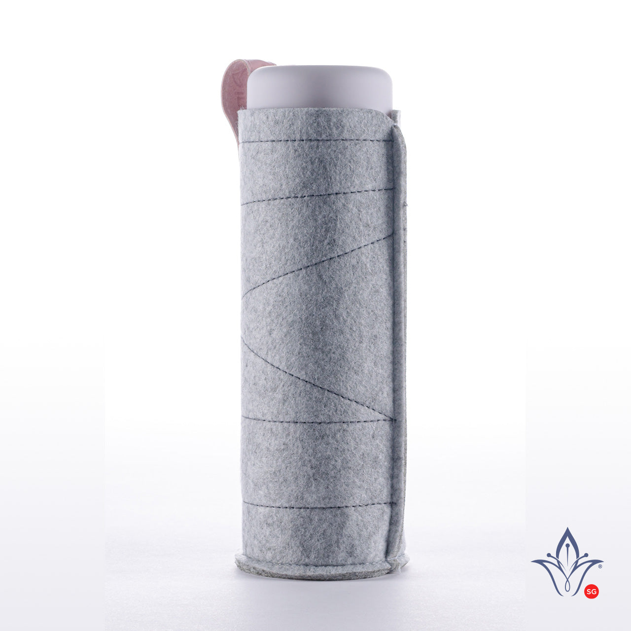 inu! Crystal Water Bottle Sleeve - Light Grey with Pink Loop