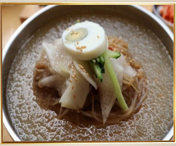 Chilled Buckwheat Noodles Soup (Mul Naengmyeon)