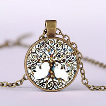 Charger l'image dans la galerie, Vintage Tree of Life Necklace