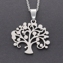 Charger l'image dans la galerie, Classic Silver Tree of Life Necklace