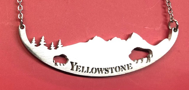 YELLOWSTONE NECKLACE
