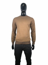 Load image into Gallery viewer, FELLOWS UNITED SWEATER CREW NECK