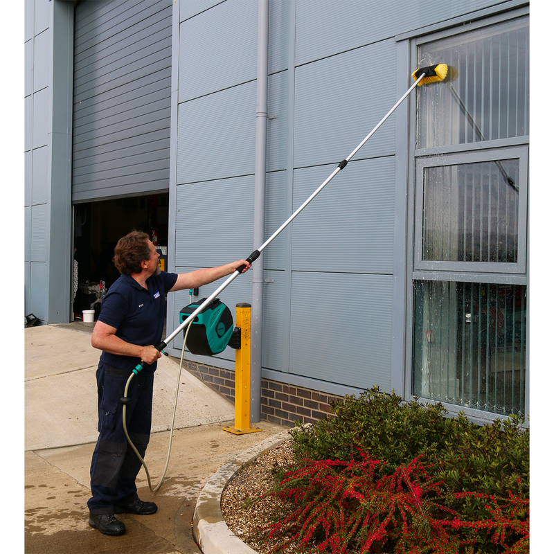 Five-Sided Flo-Thru Brush with 3m Telescopic Handle