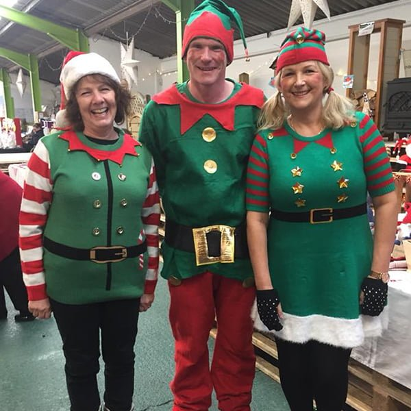 Somerlap elves help Open Door charity