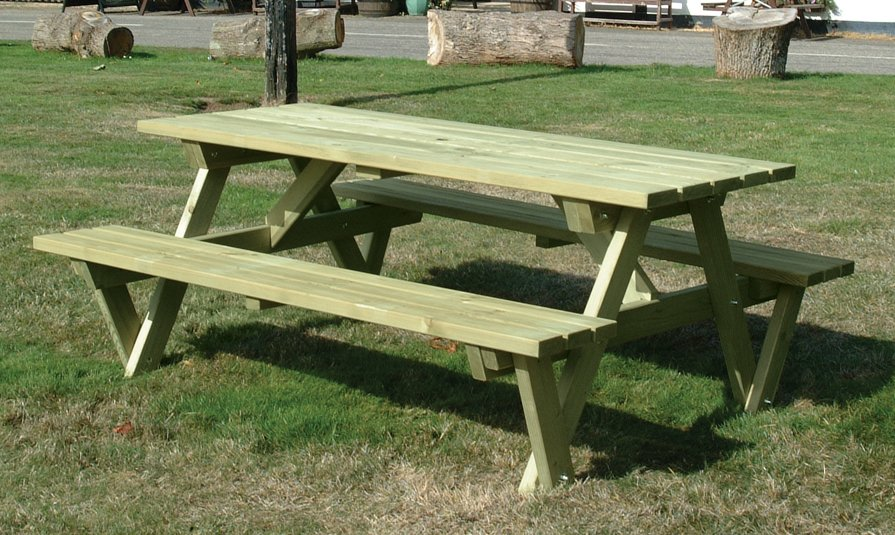 10% off Somerlap Picnic Bench