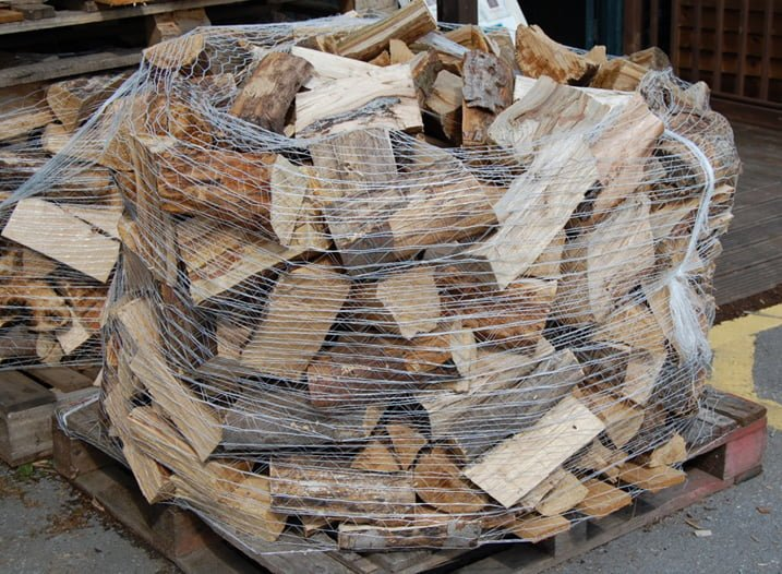 Somerlap logs Easter competition