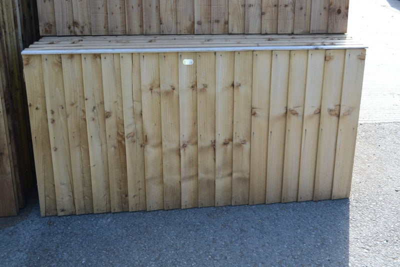 Somerlap feather edge fence panels