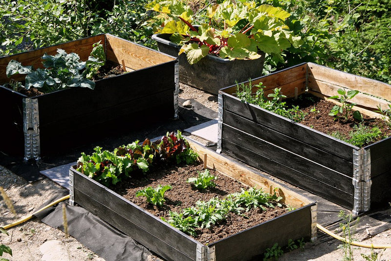 Pallet Collar Raised Bed - collapse and stack planter