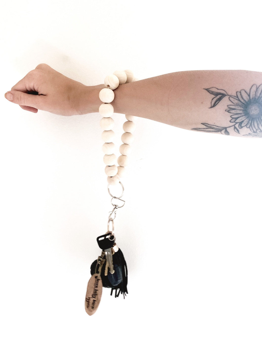 natural wooden bead loop keychain
