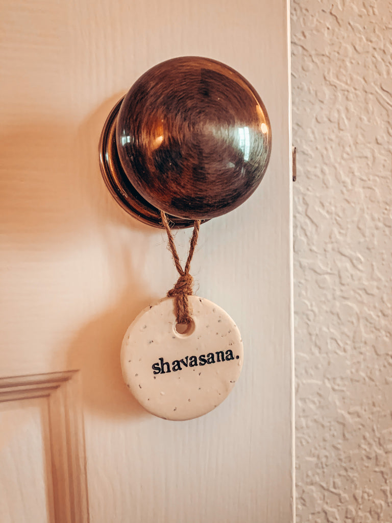 "ssshvasana ceramic ""do not disturb"" fob hangs on door handle"