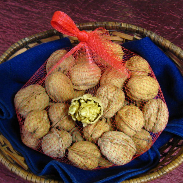 English Walnuts - In shell