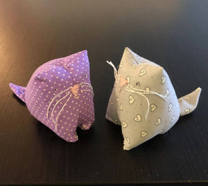 Lavender filled kitten pin cushion