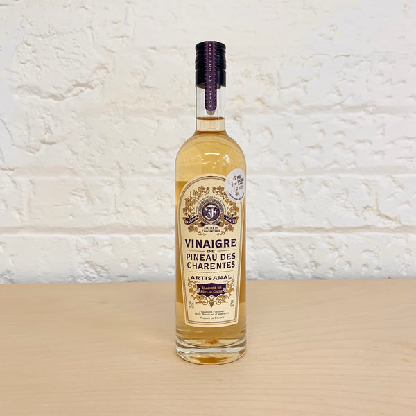 White Pineau des Charentes Vinegar