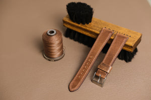 Horween Chromexcel Calf Leather Watch Strap in Natural - Artisan Straps