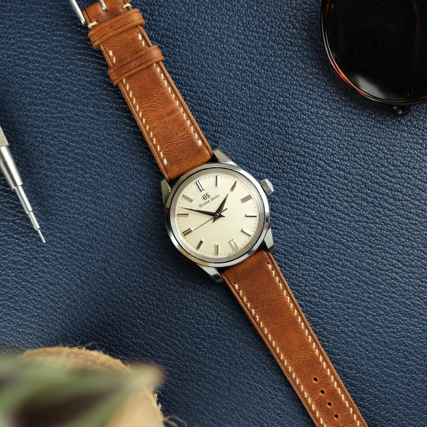 Horween Dublin Slim Calf Leather Strap in Natural - Artisan Straps
