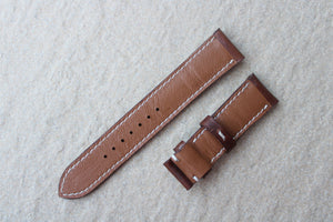 Italian Waxy Calf Leather Strap in Walnut Brown (Padded) - Artisan Straps