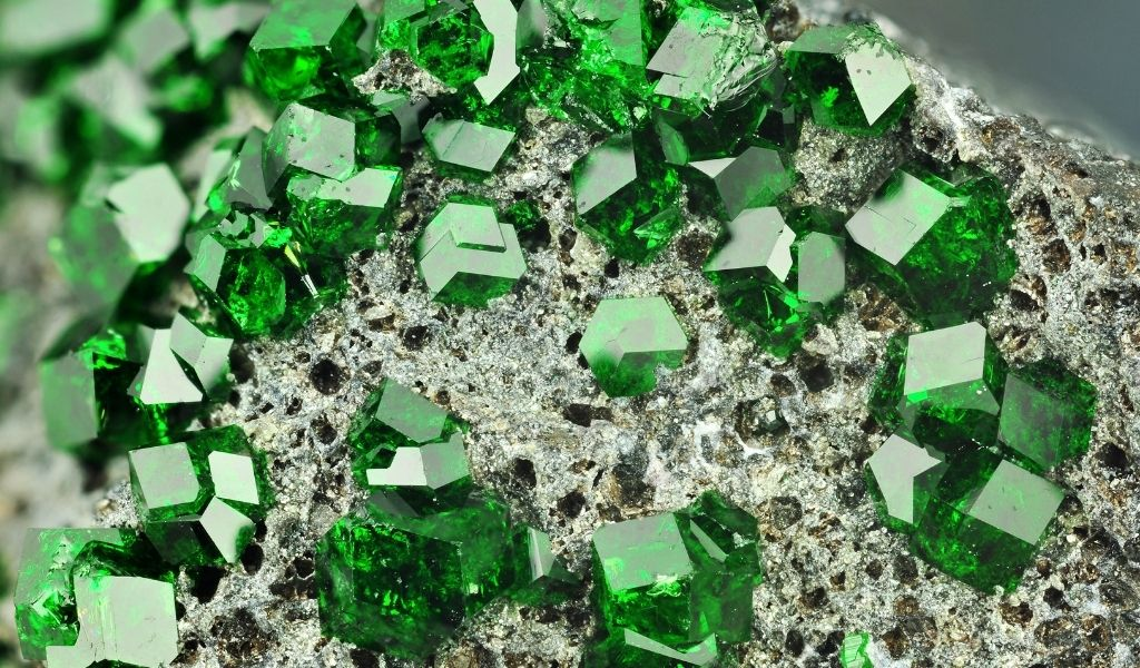 February Gemstone Garnet - Uvarovite - Green Garnet