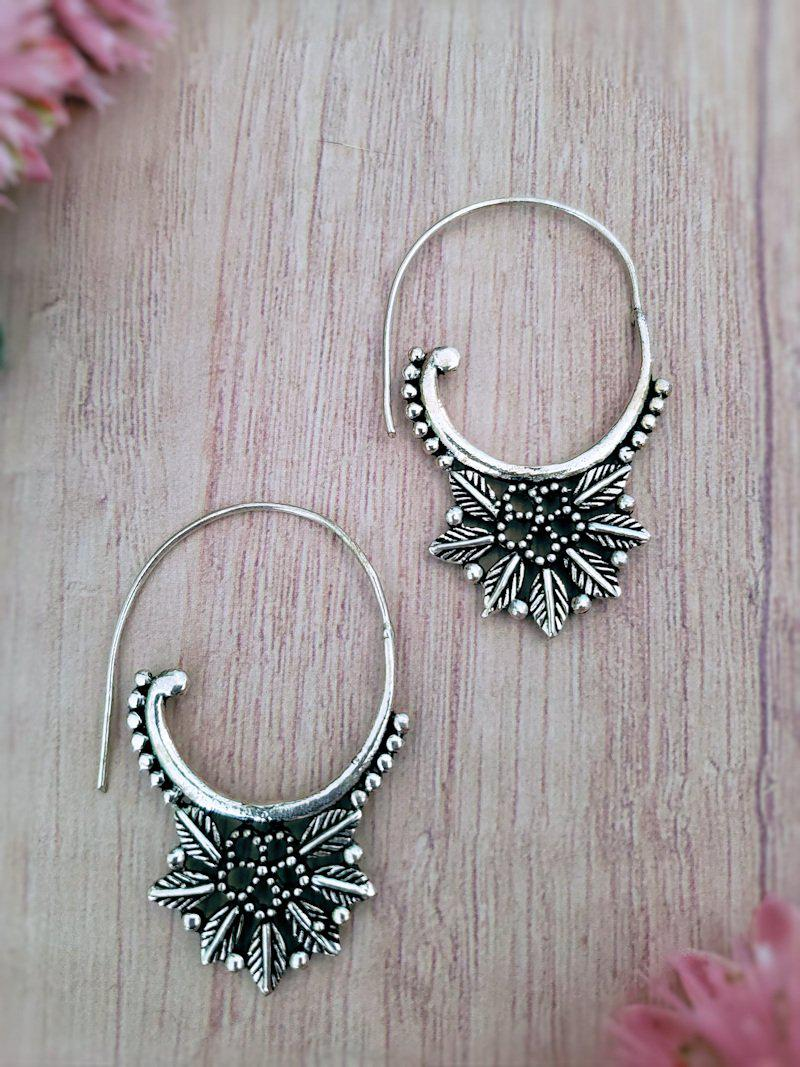 Oval Hoop Flower Earrings - Summer Indigo