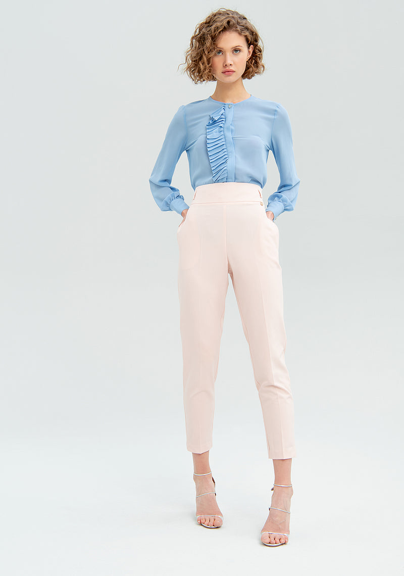 Long trousers with pleats