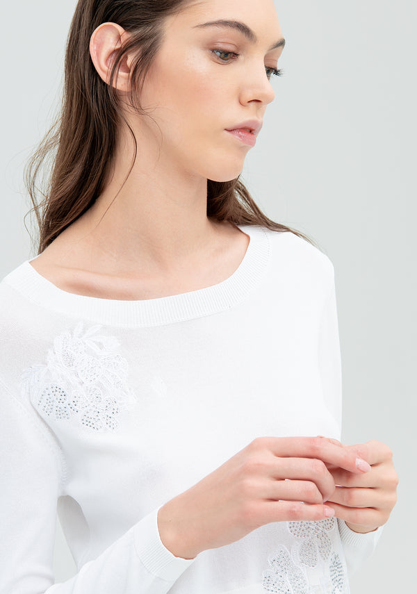 Sweater with embroidery and lace