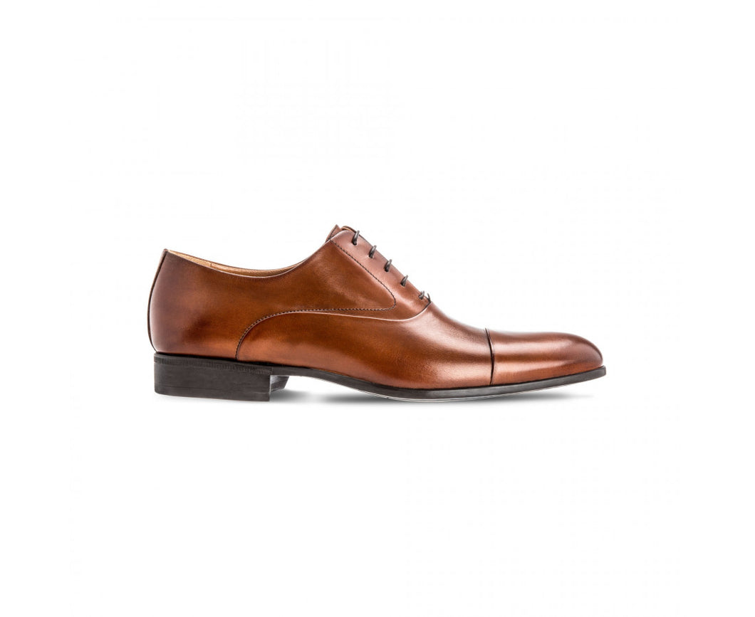 Brown calfskin Oxford shoes