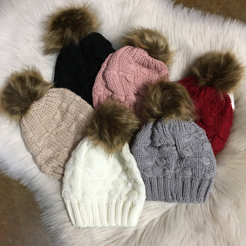 INFANT BEANIE WITH FUR POM