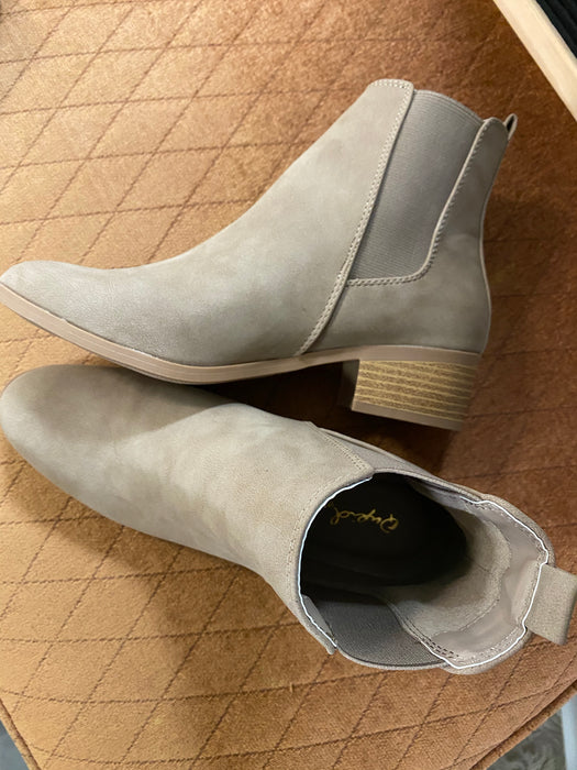 REPEAT TAUPE SUEDE BOOTIE