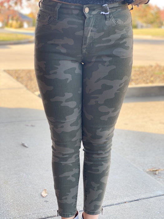 RANK & STYLE CAMO JEANS