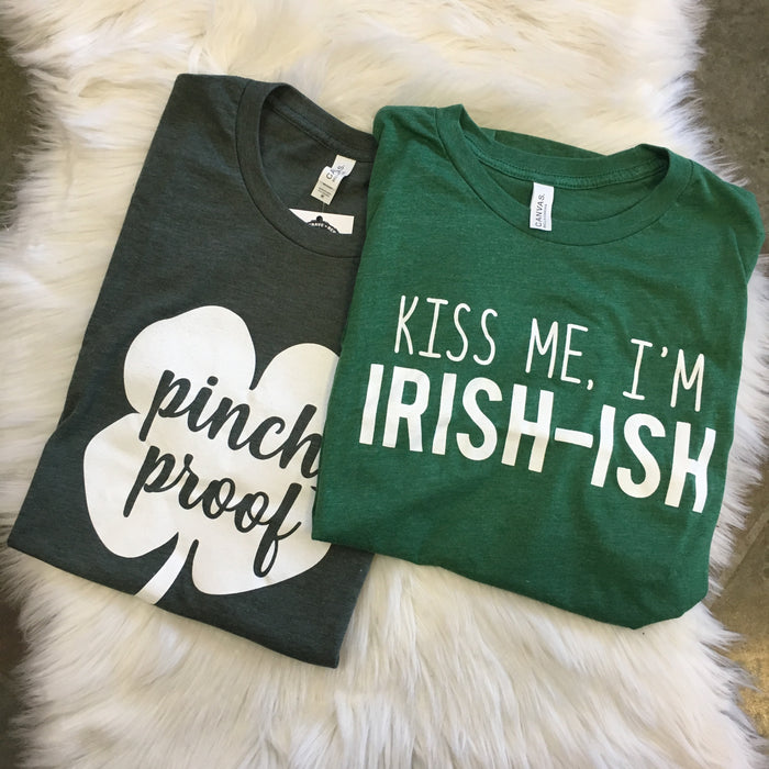 KISS ME I'M IRISH-ISH GRAPHIC TEE