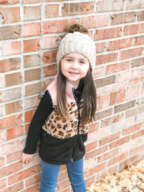 TODDLER BEANIE WITH FUR POM